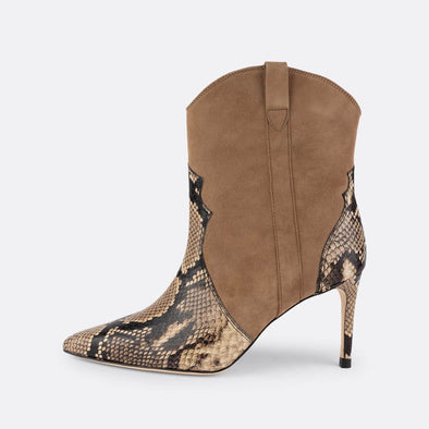 Heeled boots in beige python printed leather and in soft goat suede.