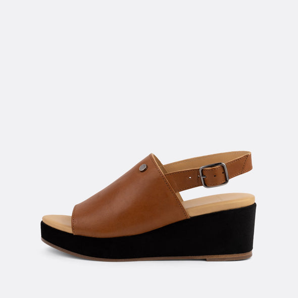 Camel leather sandals with a dark brown suede platform sole.