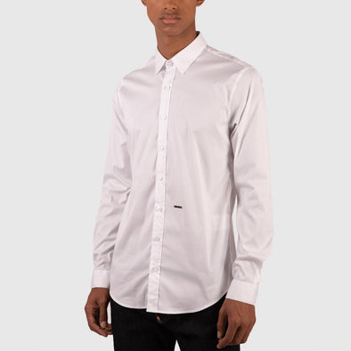 White classic shirt with back pleat.
