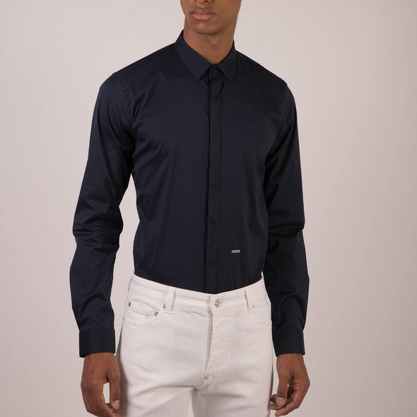 Navy classic shirt with back pleat.