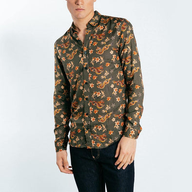 Regular fit shirt with all over asian print.