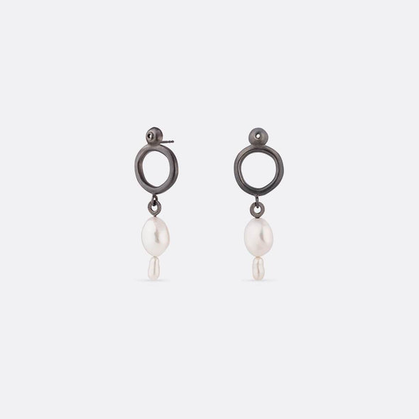 Handcrafted oxidized silver earrings for an exclusive feeling.