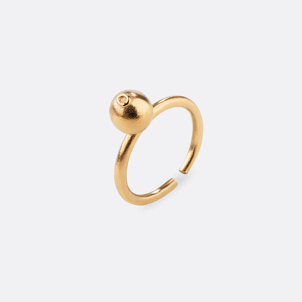Handcrafted gold plated silver ring for an exclusive feeling.