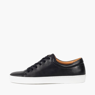 Sneakers in black calfskin leather.