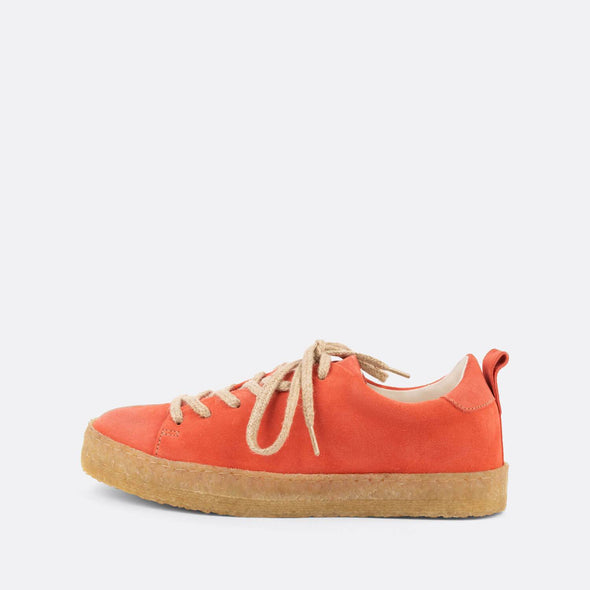 Coral casual derbies with a front lace-up closure and an almond-shaped toe.