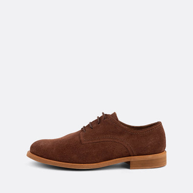 Classic derbies with brown suede uppers and a matching leather sole.