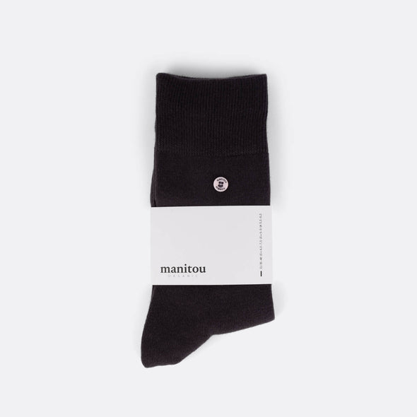 Black socks made of the perfect mix of super soft organic cotton nylon and a touch of spandex.