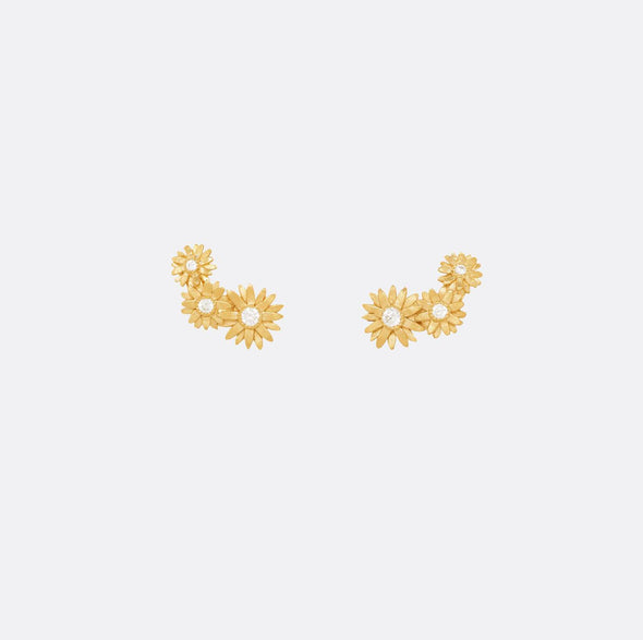 24k gold plated 925 sterling silver daisy earrings.