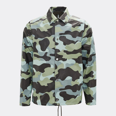 Modern and functional rainwear item with a casual fit in a sea camo print, as an interpretation of the iconic coach style.