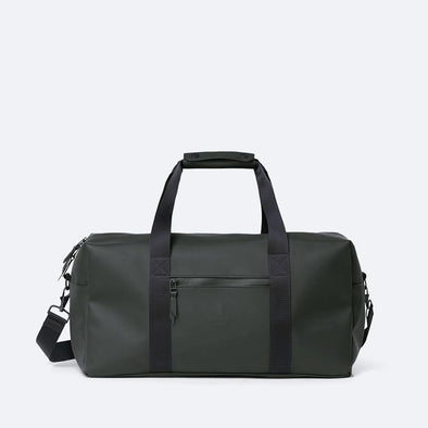 Minimalist gym bag in deep green waterproof synthetic material.