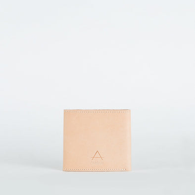 Minimalist pac pac wallet in chemical-free leather.