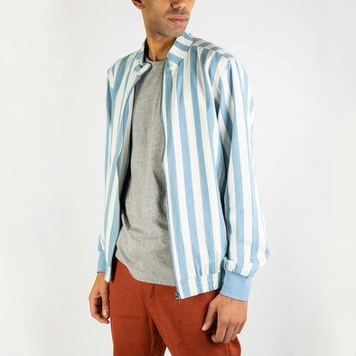 Regular fit short style jacket with light blue and white stripes.