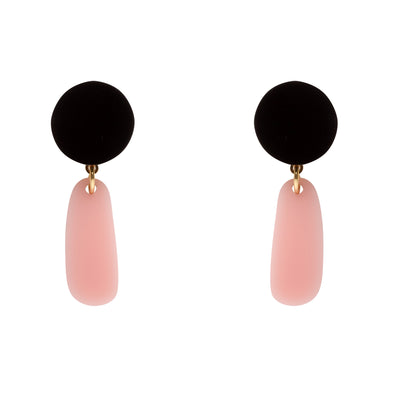 Original pink and black earrings to transform both your look and mood. Free shipping to selected European countries.