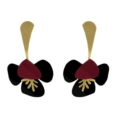 Original golden, black and bordeaux earrings to transform both your look and mood. Free shipping to selected European countries.