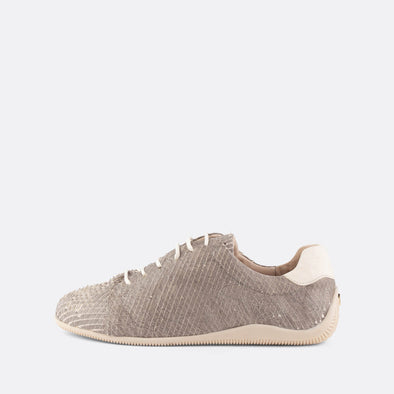 Casual leather sneakers in grey with textured snake effect.