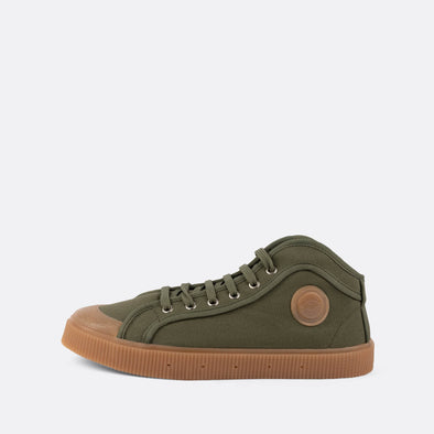 Unisex iconic high-top sneakers in khaki canvas with gum sole.