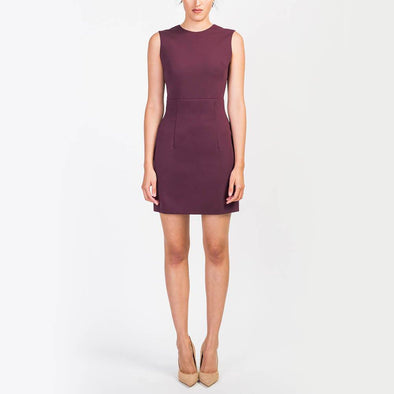 Bordeaux short dress with a round neckline and open back.