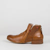 Ankle boots in camel leather with rounded toe, leather sole and side zip