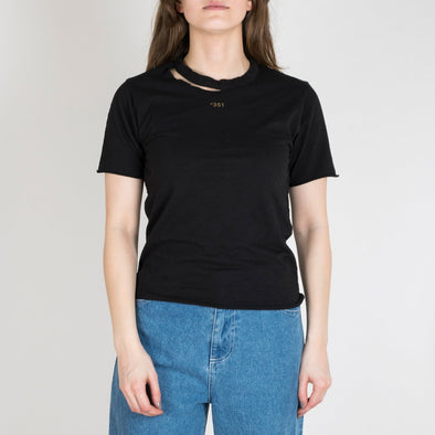 Black t-shirt with short sleeves, round ripped neck and '+351 small pocket on the front.