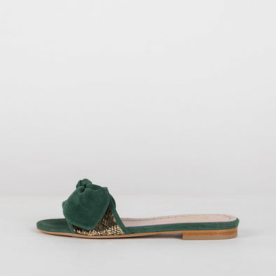 Slippers in hunter green suede with coppery sequin applique and bow
