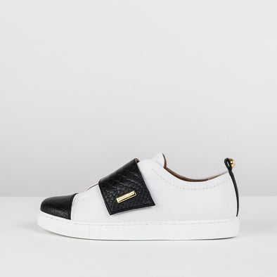 Low top sneakers in white leather with black tip and interchangeable straps