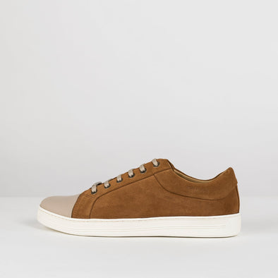 Low top lace up sneakers in camel brown suede with beige leather cap toe and white rubber sole
