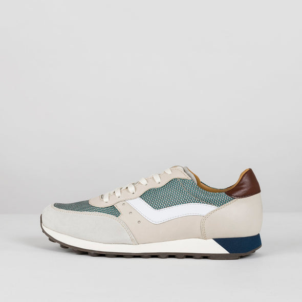Classic runners in off-white and shades of blue with leather, mesh textile and suede panels