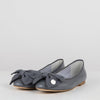 Grey leather minimalist ballerinas with different lovely interchangeable appliques: a bow and a thin strap.