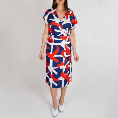 Patterned short sleeve midi dress with wrapped neck.