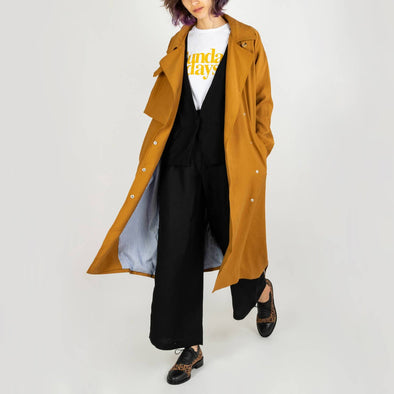 Fluid ocher-colored women's coat ideal for mid-season.