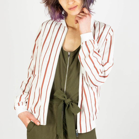 Lightweight bomber jacket with red stripes and tight sleeves.
