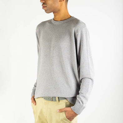 Light grey regular fit knitted sweater with a compact, slightly crispy and light touch.