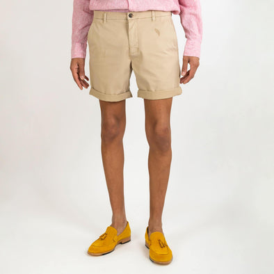 Beige regular fit shorts with a light tone on tone texture.