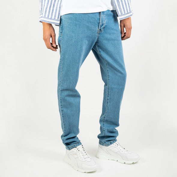 Waisted cut stoned denim pants with 5 pockets.