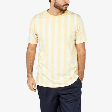 Regular fit yellow striped t-shirt.