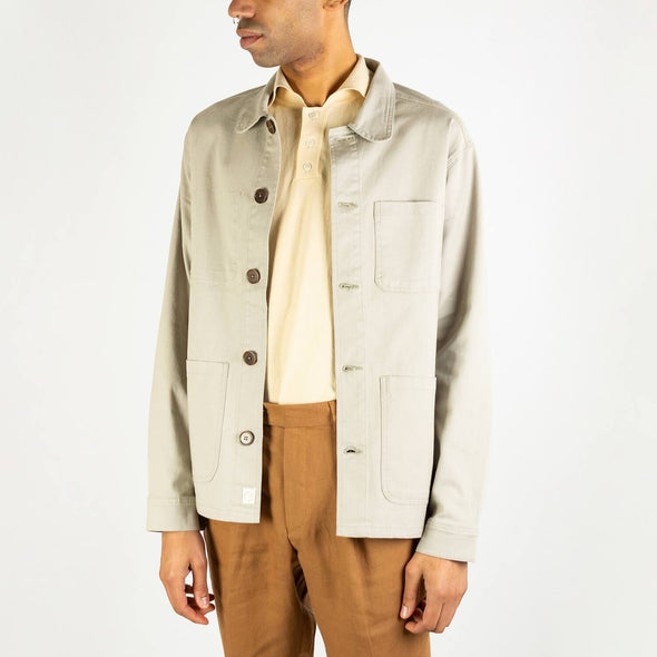 Grey shirt jacket with a lovely vintage style collar, inside pocket to right chest, internal locker loop, corozo buttons and straight hem.