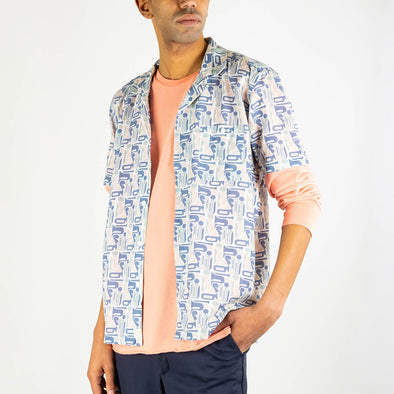 Short sleeved bowling shirt with a jazz-inspired woodwind print, an open collar and genuine mother of pearl buttons.