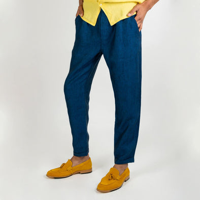 Comfortable 100% linen blue chambray trousers with side and back pockets.