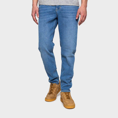 Blue jeans in a slim tapered fit with a used effect wash.