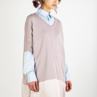 Lilac relaxed fit knitted v-neck dress with silk panel.