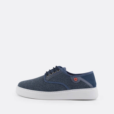 Derby sneakers in blue suede and white sole.