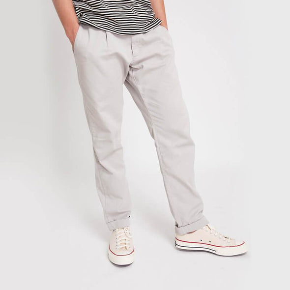 Ice lightweight straigth pleated trousers with zip fly.