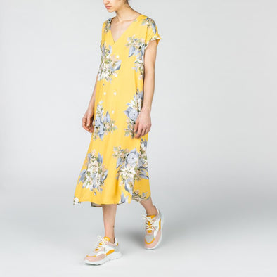Yellow midi dress with flower print.