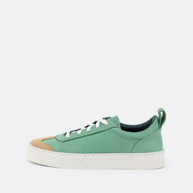 Retro low-top sneakers in mint leather with spine sole.
