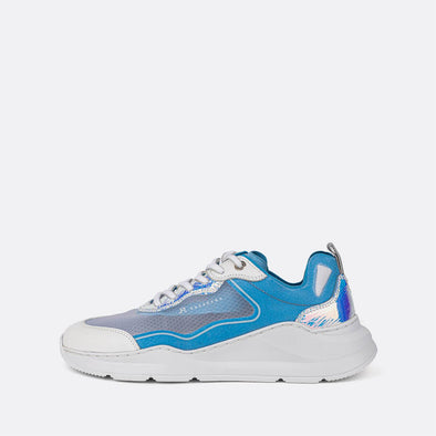 Multicolor runner sneakers in blue and white tones with metalic detail.