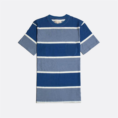 Blue striped crewneck t-shirt.