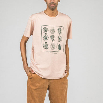 Smoke pink regular fit tee with front print.