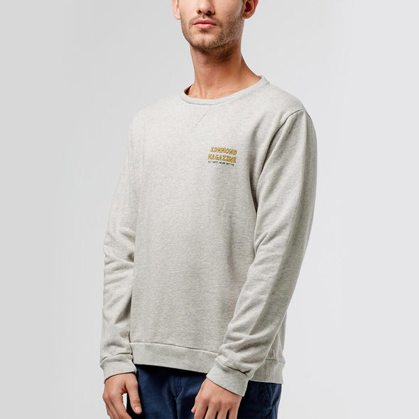 "Relaxed fit grey sweatshirt with ""La Vie Simple"" print on the back."