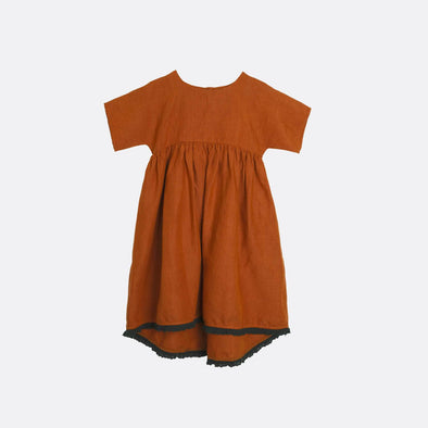 Rust wide short-sleeved dress.