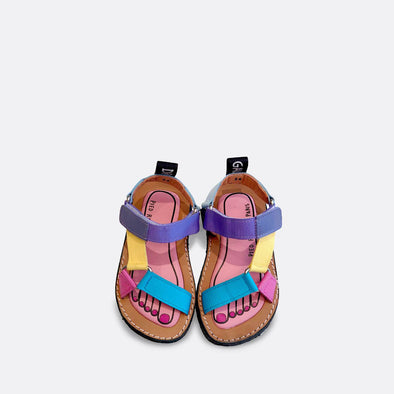Minimalist japanese inspired sandals in Miami colors.